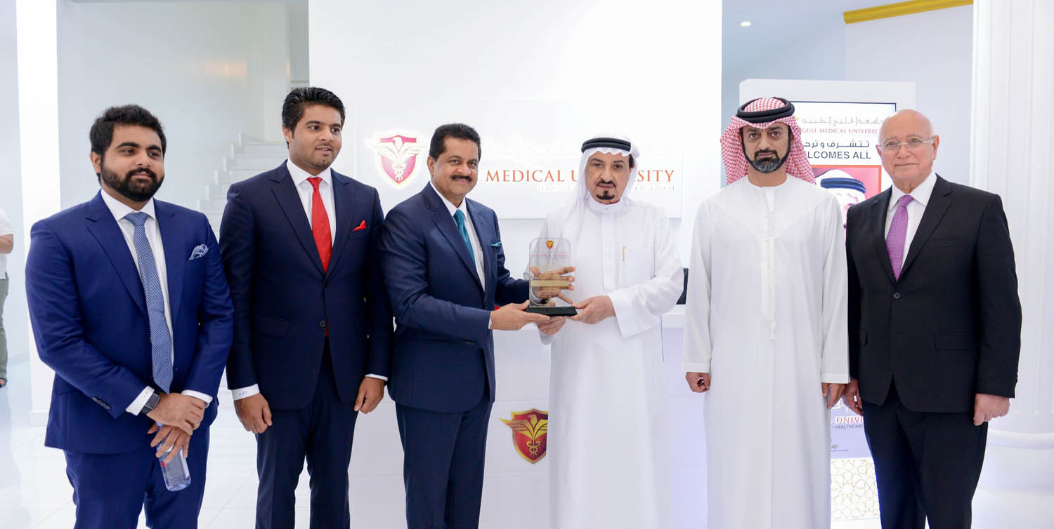 ajman ruler inaugurates research and innovation center at gulf medical university1