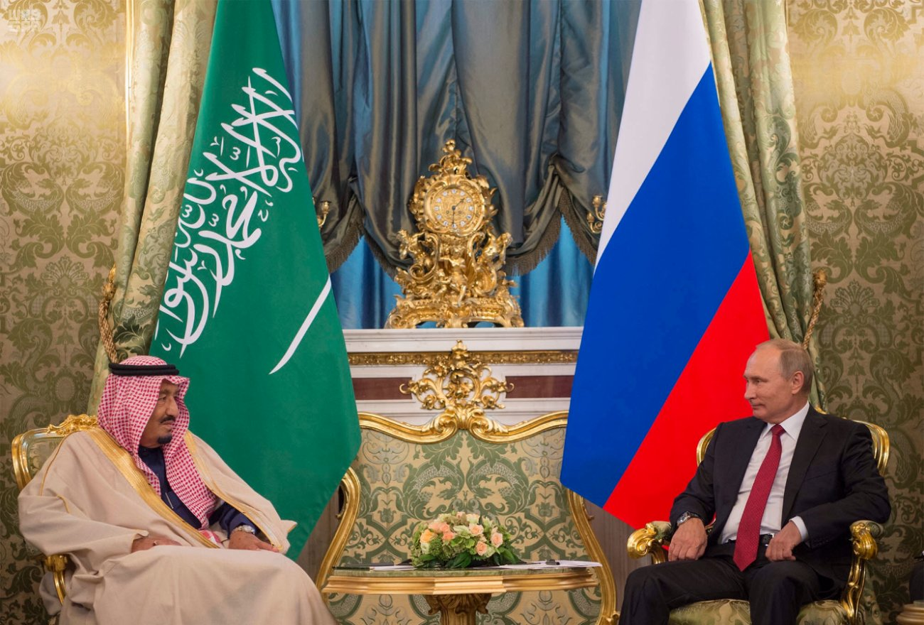king of saudi arabia and russian president discuss bilateral relations