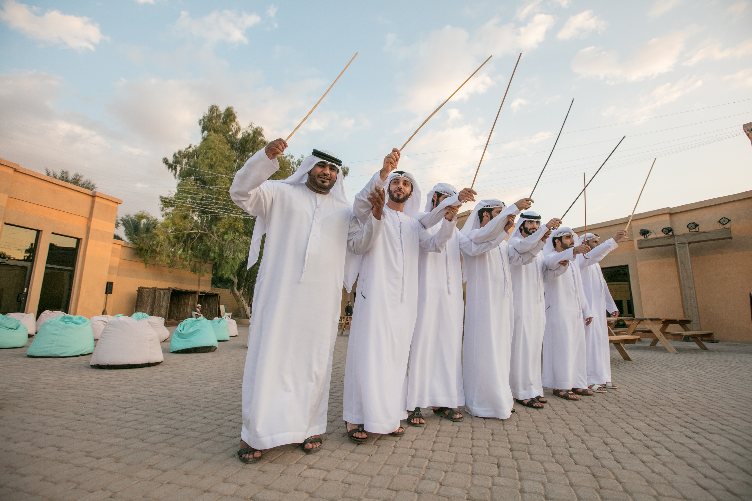 weekends at oasis workshops brings arts and crafts to al ain1
