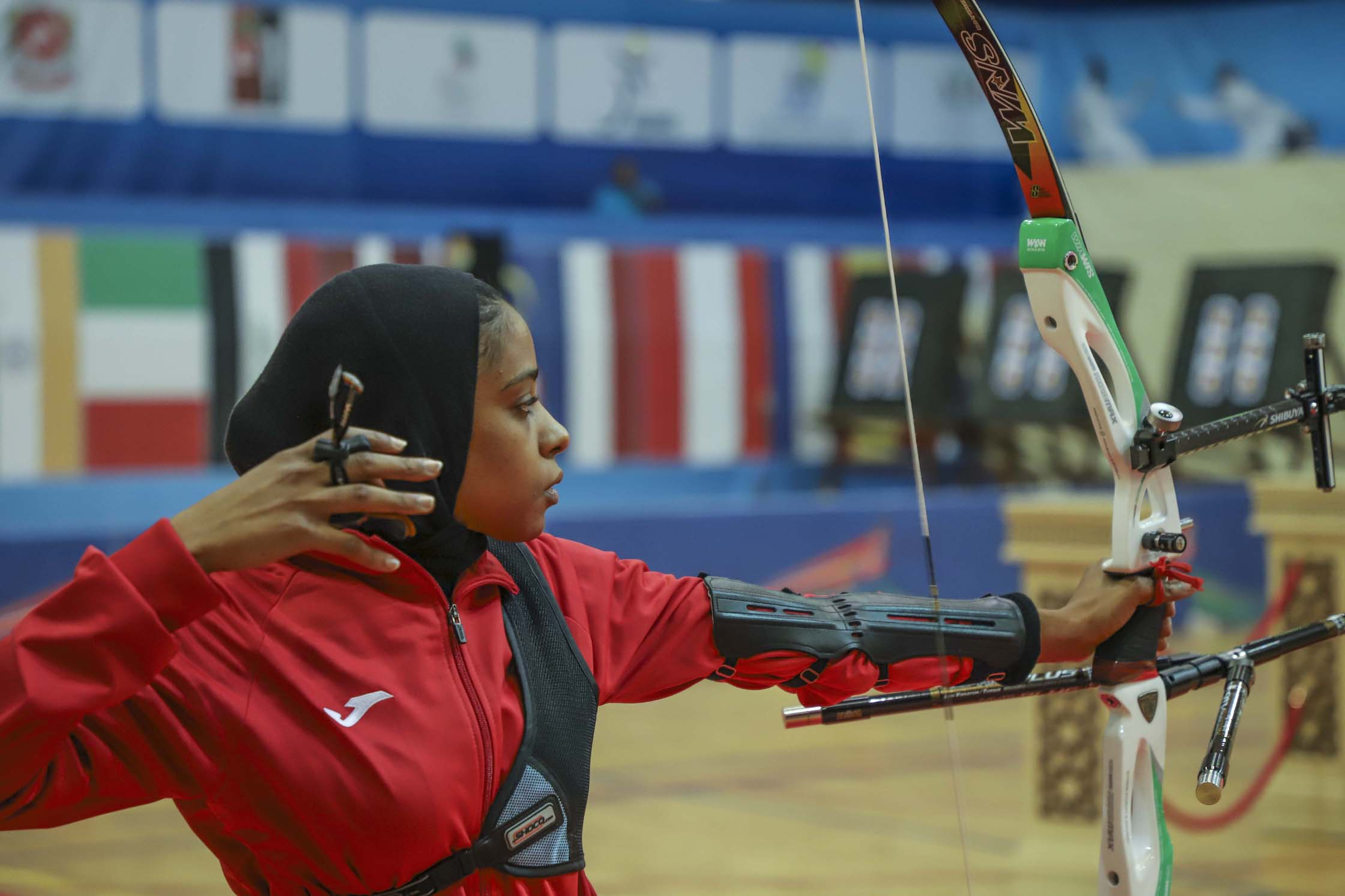 sharjah and bahrain right on target for archery golds2
