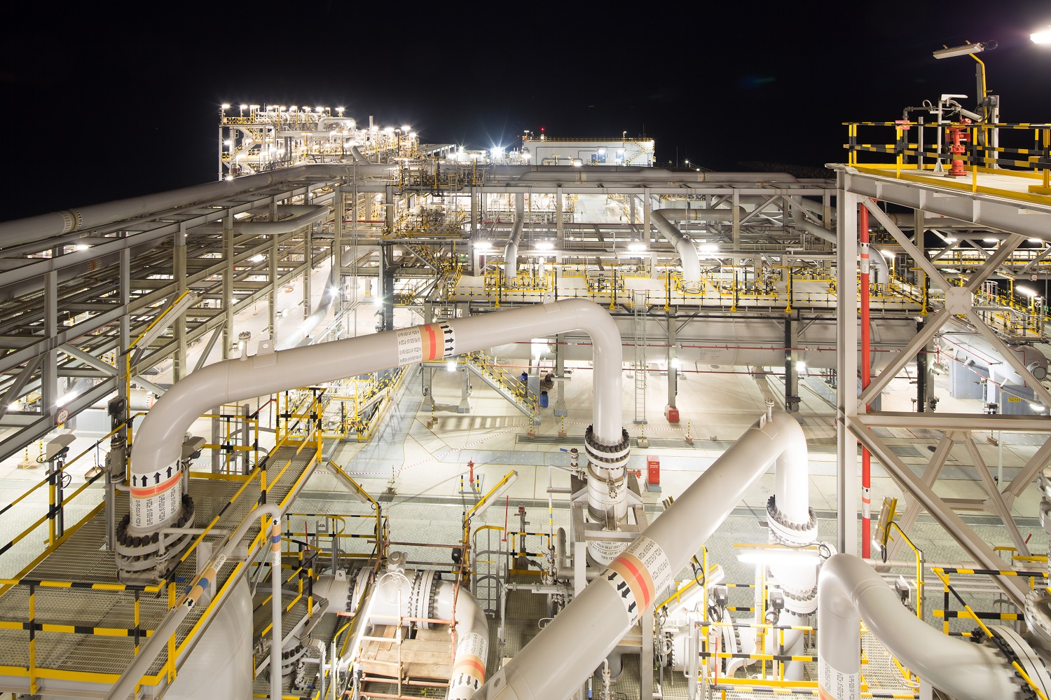 adnoc to extend long-term gas supply agreement for lng production.jpg