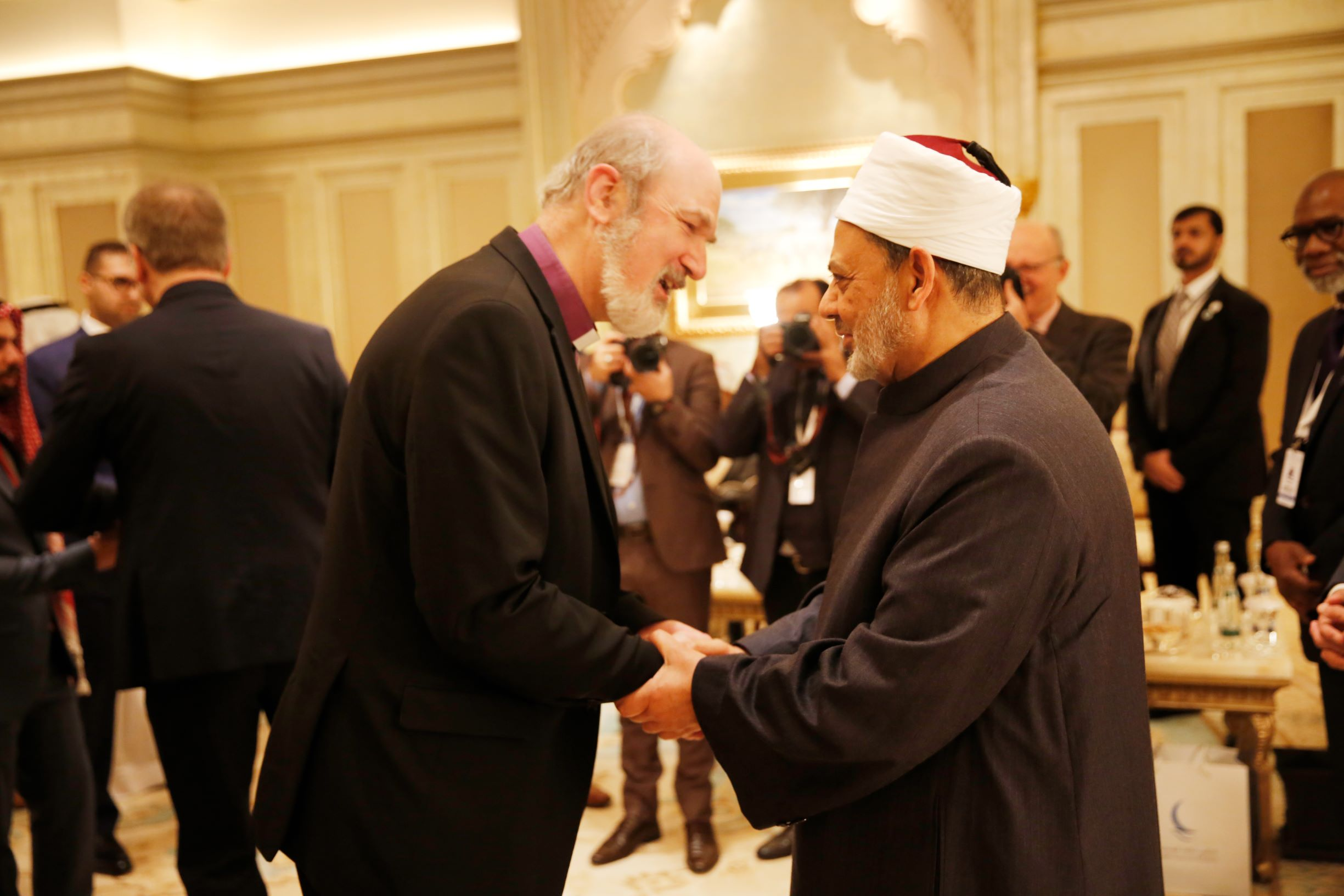 'we must confront hardliners with isolationist ideas with courage,' says grand imam of al azhar  3
