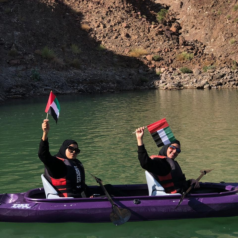 hatta women's kayak challenge to support 'teacher' campaign 3