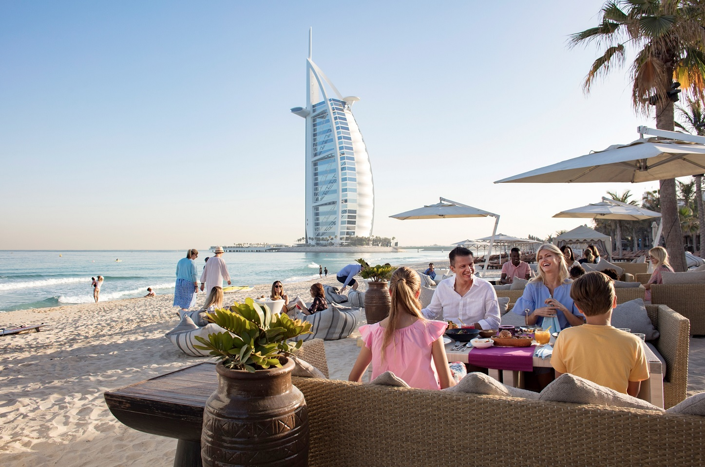 stellar growth in number of romanian visitors to dubai 2