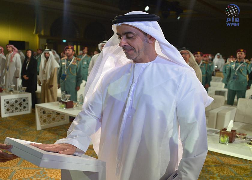 تحت رعاية محمد بن راشد .. سيف بن زايد يطلق منظومة الداخلية المطورة لتأشيرات الدخول 2