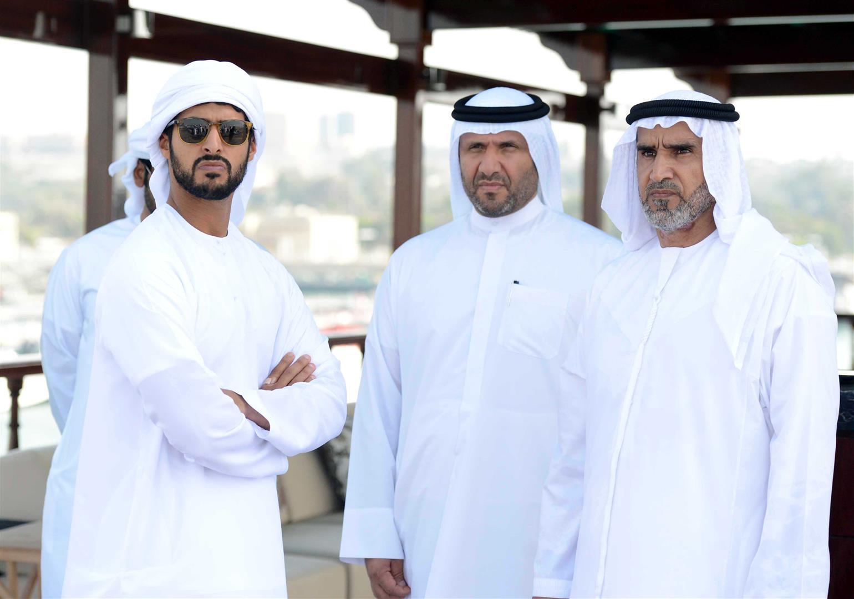 زايد بن حمدان بن زايد يتوج الفائزين في سباق دلما التاريخي للمحامل الشراعية 7