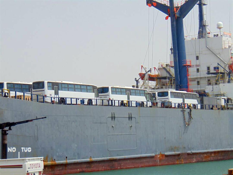 الإمارات تدعم قطاع التعليم في عدن بـ53 حافلة .. والدفعة الثانية قريبا 4