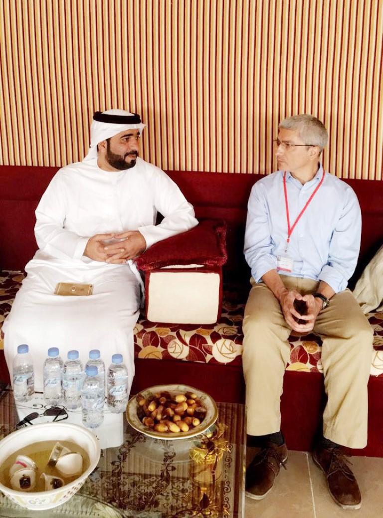 """"""" الهلال الأحمر الإماراتي """" يناقش مع مسؤول أممي العمل على """" خطة الاستجابة الإنسانية 2017 """" باليمن. 2"""