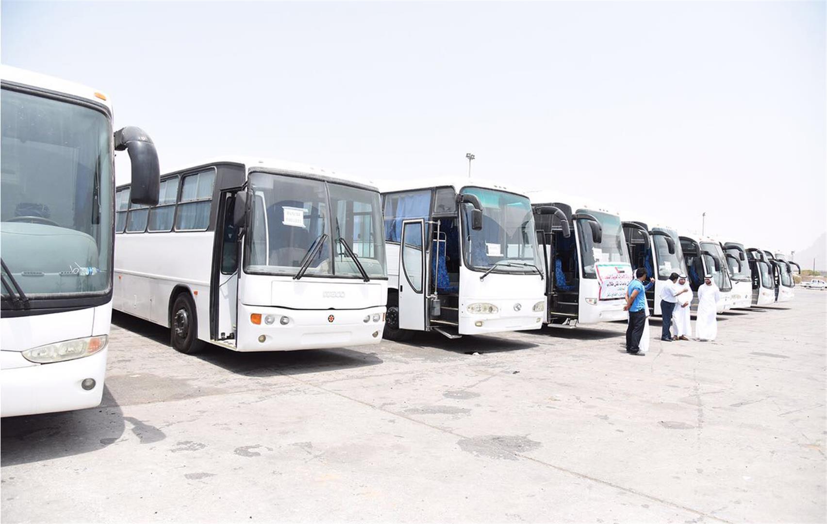 الإمارات تدعم قطاع التعليم في عدن بـ53 حافلة .. والدفعة الثانية قريبا 5