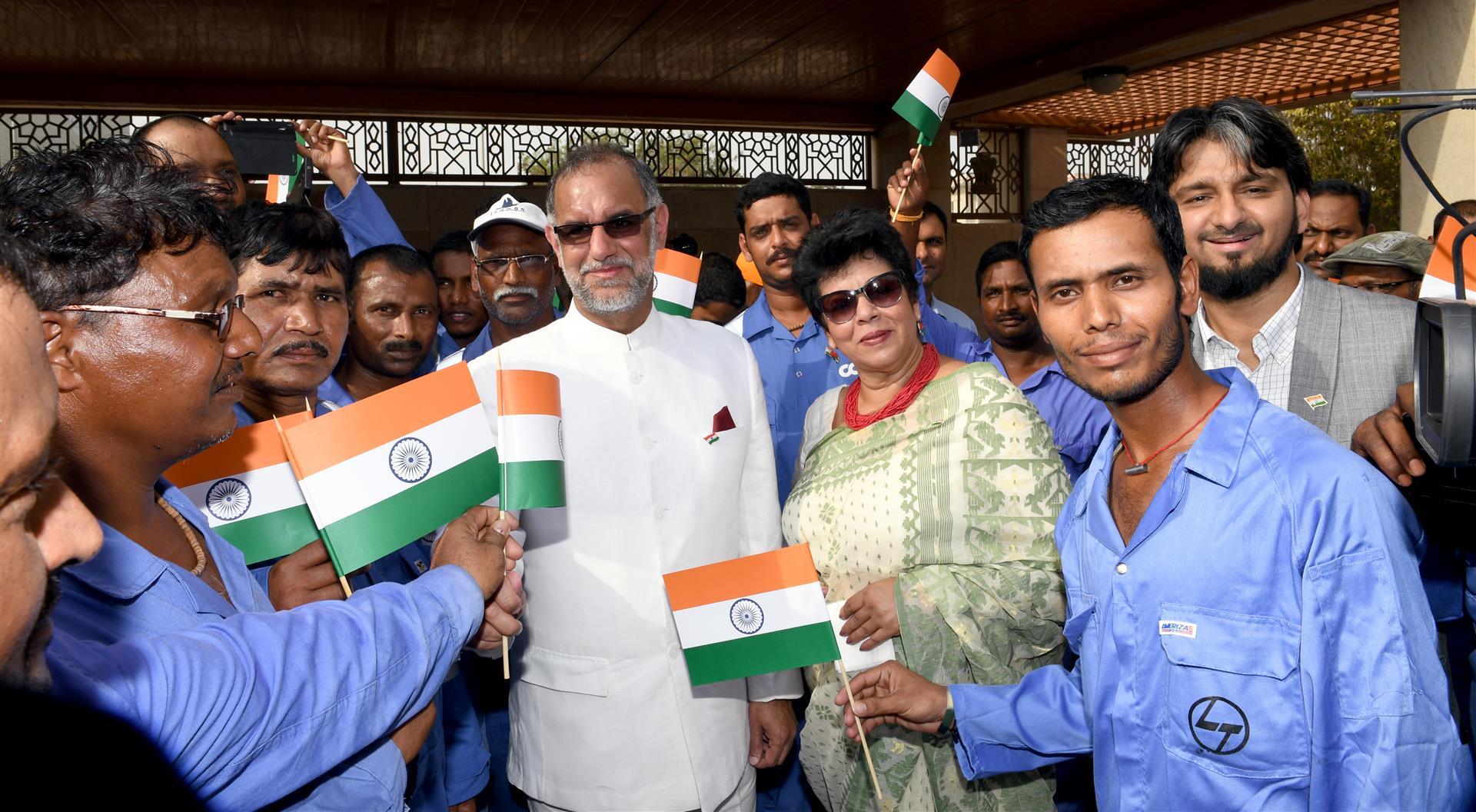 إحتفالات السفارة الهنديه بأبوظبي 15-8-2017 DSC_1129.JPG 1 /Large/