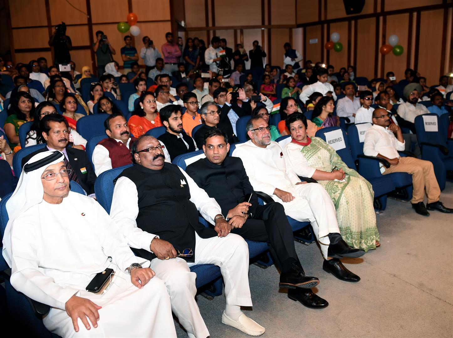 إحتفالات السفارة الهنديه بأبوظبي 15-8-2017 DSC_1129.JPG 5 /Large/