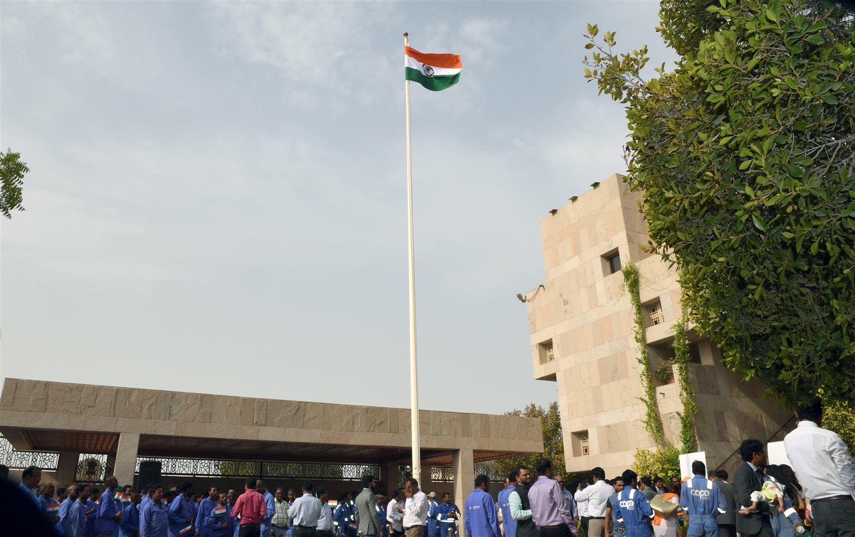 إحتفالات السفارة الهنديه بأبوظبي 15-8-2017 DSC_1129.JPG 2 /Large/