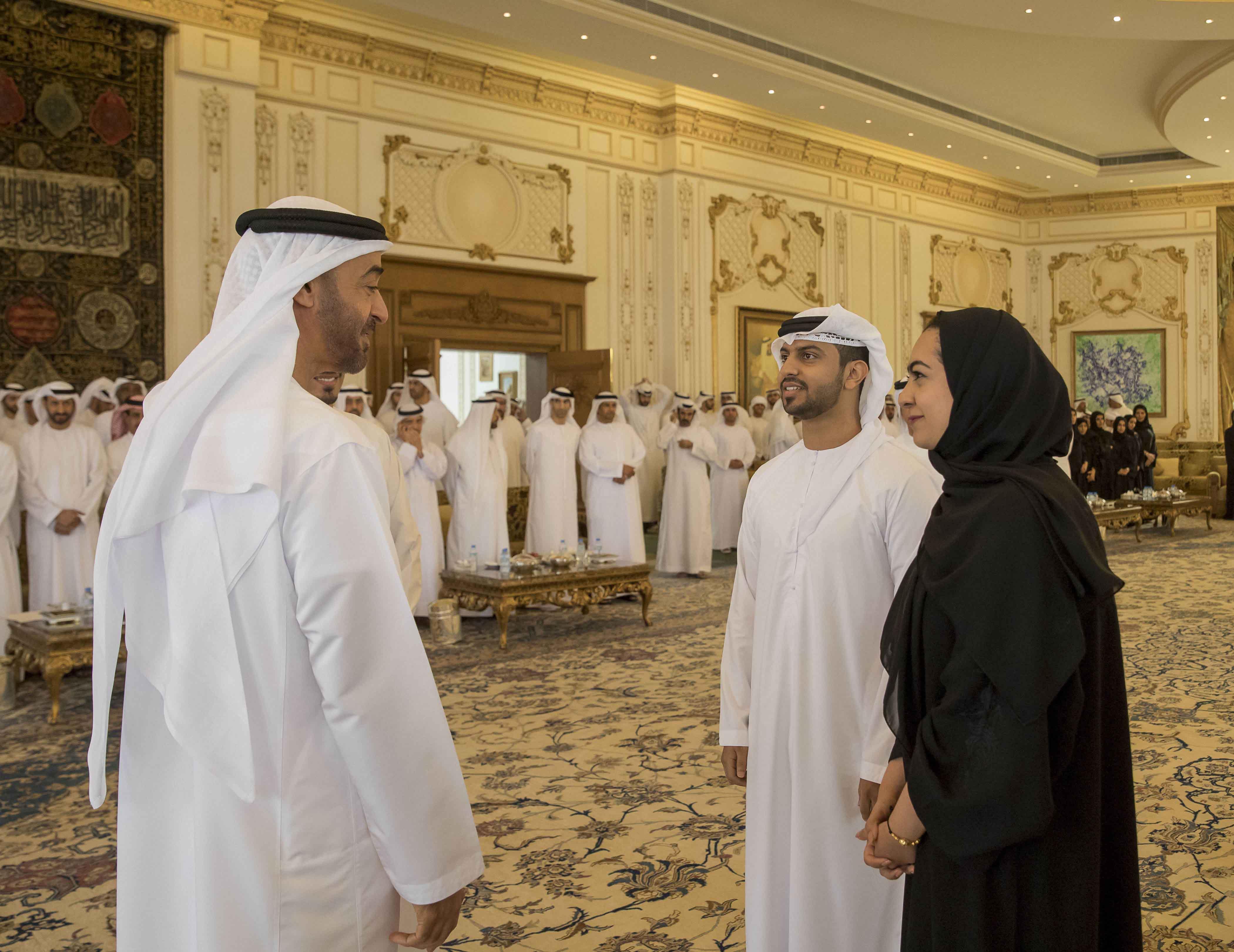 وكالة أنباء الإمارات - محمد بن زايد يستقبل احمد المزروعي ...