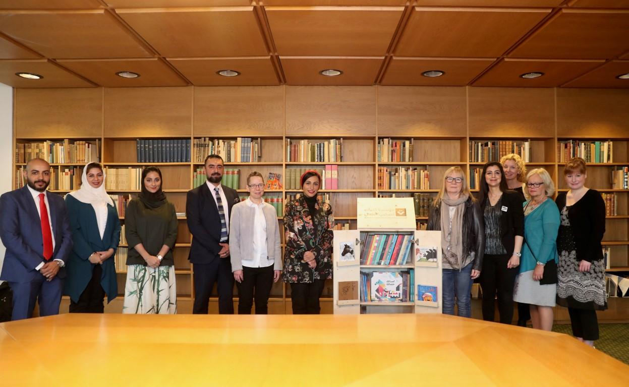 """""""كلمات لتمكين الأطفال"""" تدعم المكتبات السويدية بالفي كتاب عربي . 1"""