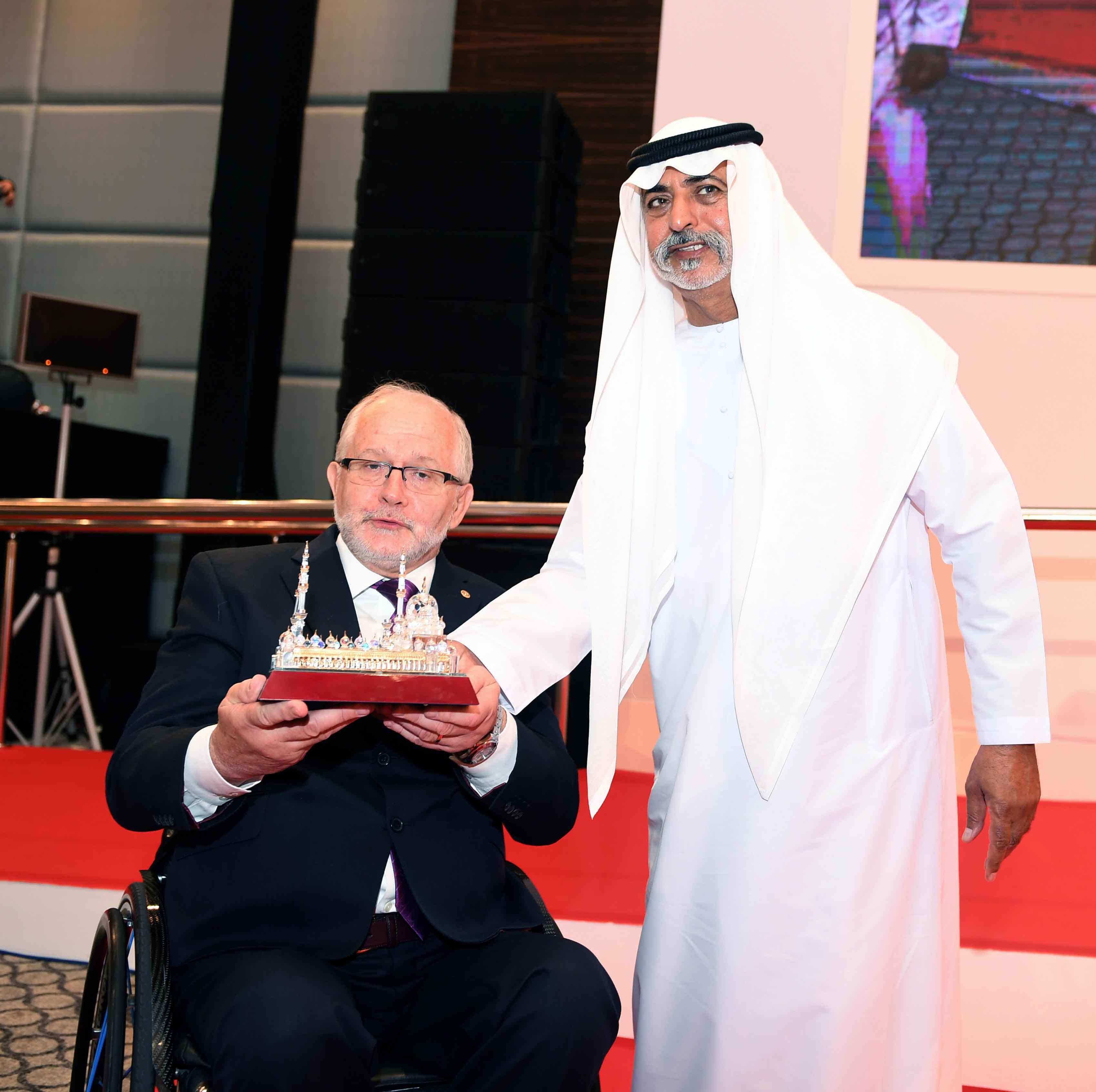 نهيان بن مبارك يفتتح فعاليات المؤتمر الدولي للجنة البارالمبية الدولية 3