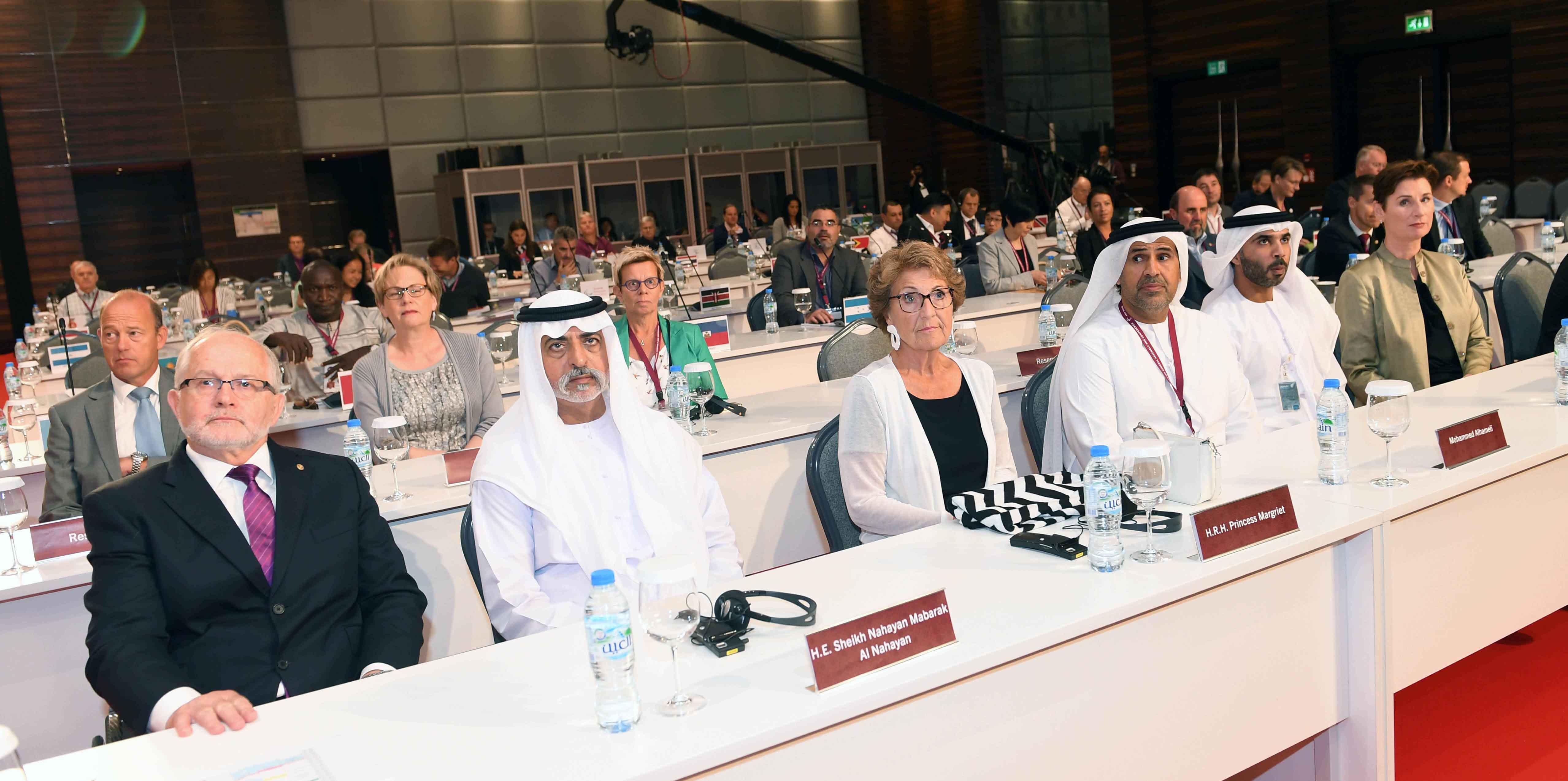 نهيان بن مبارك يفتتح فعاليات المؤتمر الدولي للجنة البارالمبية الدولية 5
