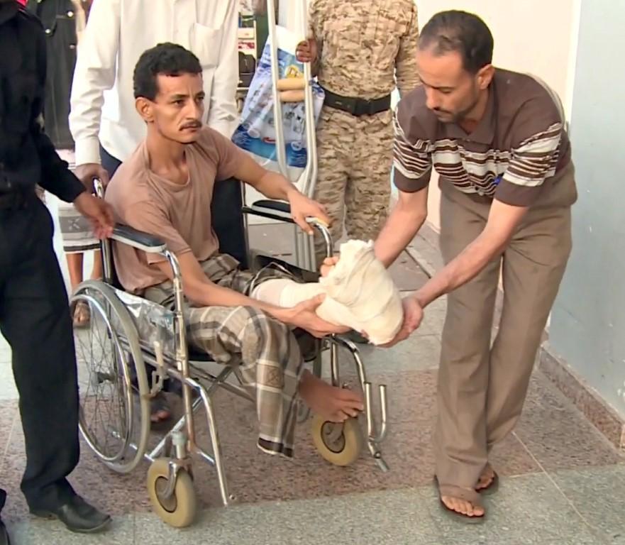 88 جريحا يمنيا يغادرون عدن لتلقي العلاج في المستشفيات الهندية  بإشراف الهلال الأحمر /4/