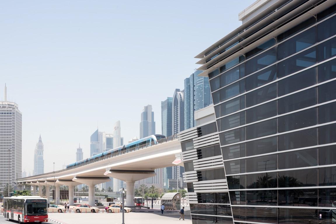 551 مليون راكب استخدموا وسائل النقل الجماعي في دبي العام الماضي. 4