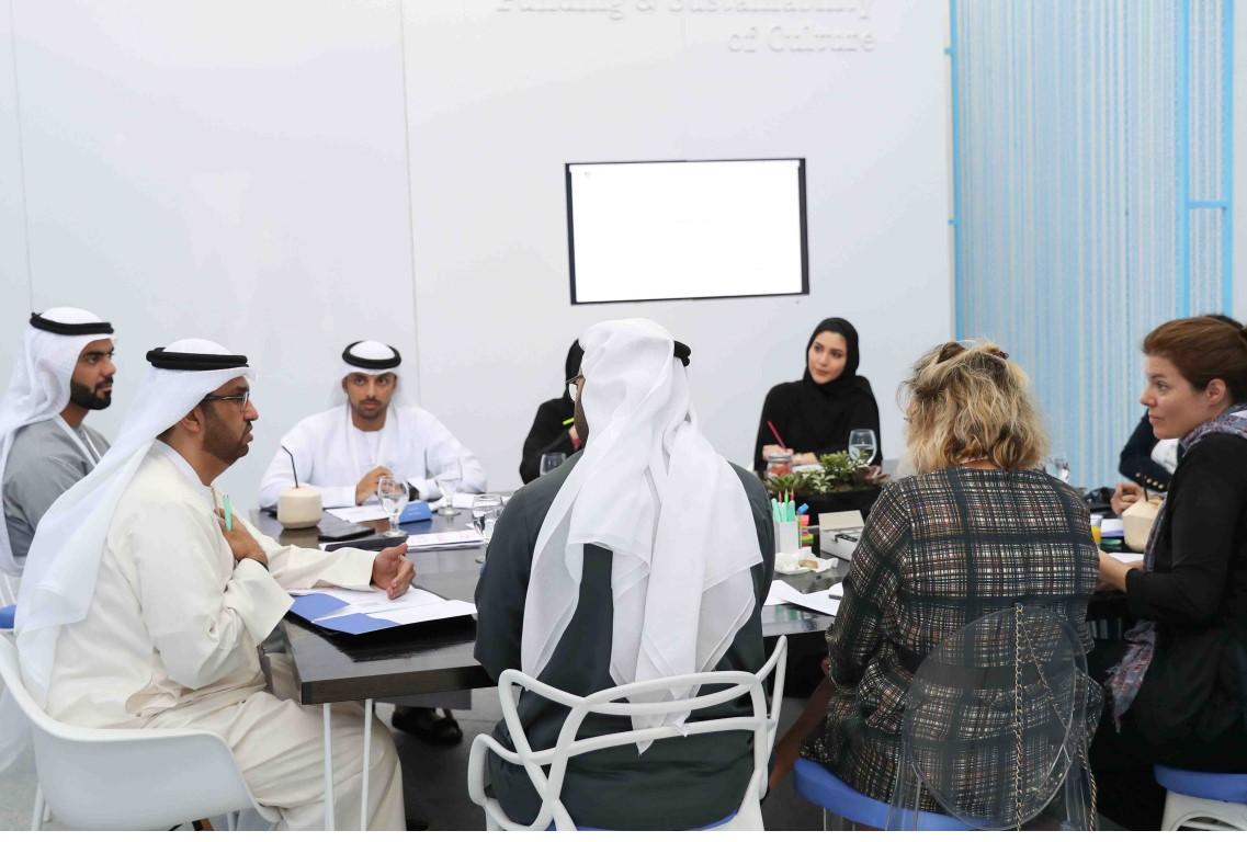 محمد بن راشد يوجه بتأسيس صندوق التنمية الثقافية وإطلاق مؤشر مساهمة الصناعات الإبداعية 1