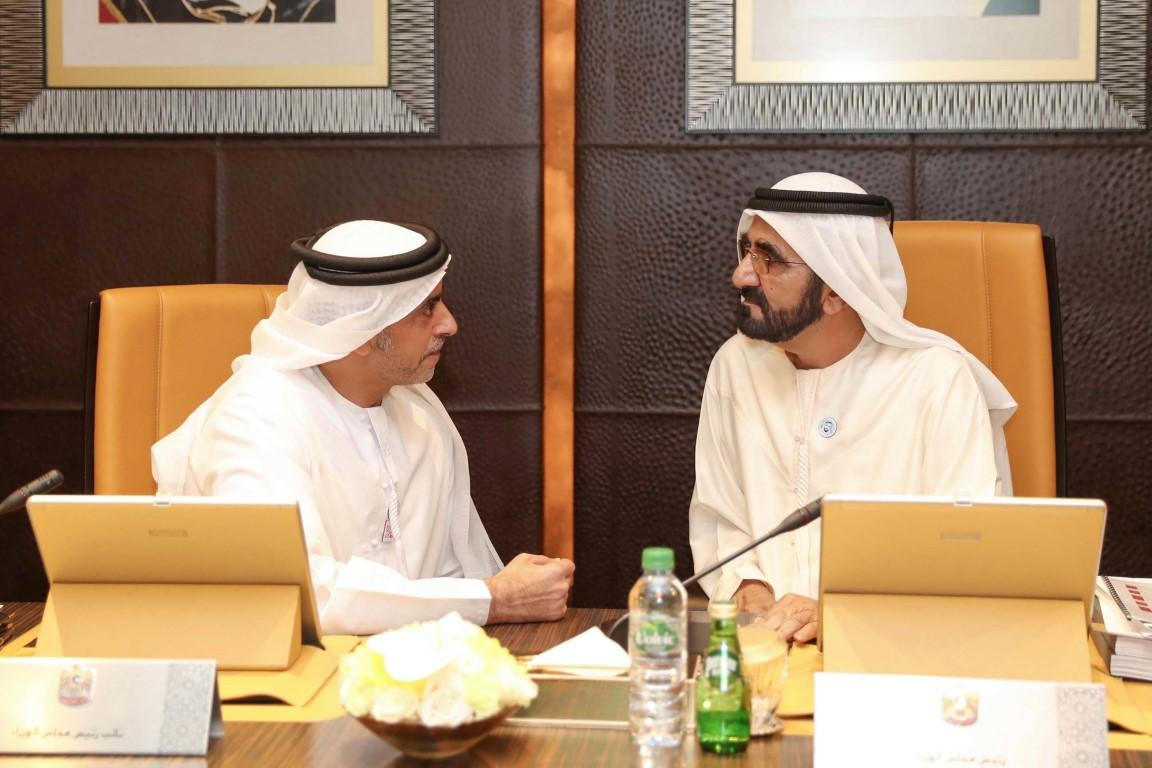 محمد بن راشد يترأس اجتماع مجلس الوزراء ويوجه بعدم زيادة الرسوم  الاتحادية لـ3 سنوات. 1