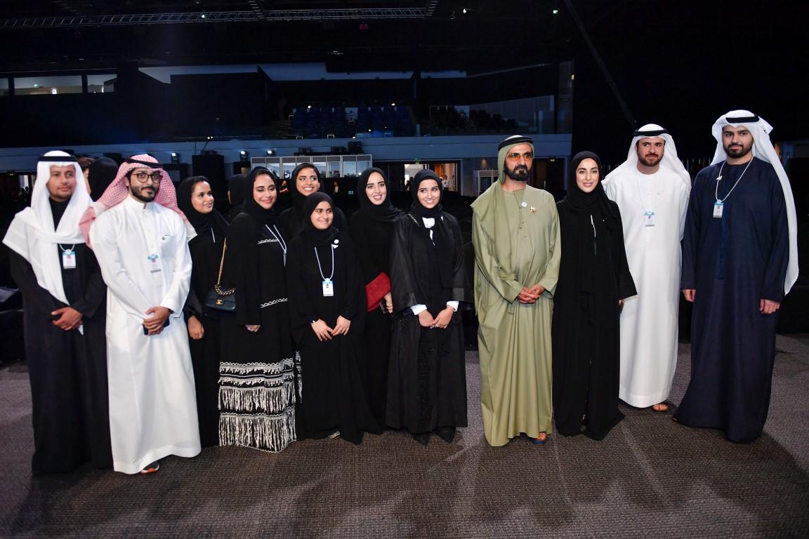 محمد بن راشد يكرم الفائزين بجوائز القمة العالمية للحكومات  بمشاركة سيف ومنصور بن زايد 6