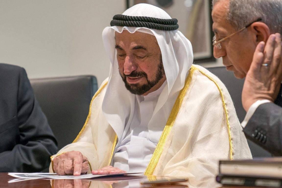 سلطان القاسمي يوقع اتفاقية لإنشاء فرع للأكاديمية العربية للعلوم  والتكنولوجيا في الشارقة /11/ /Medium/