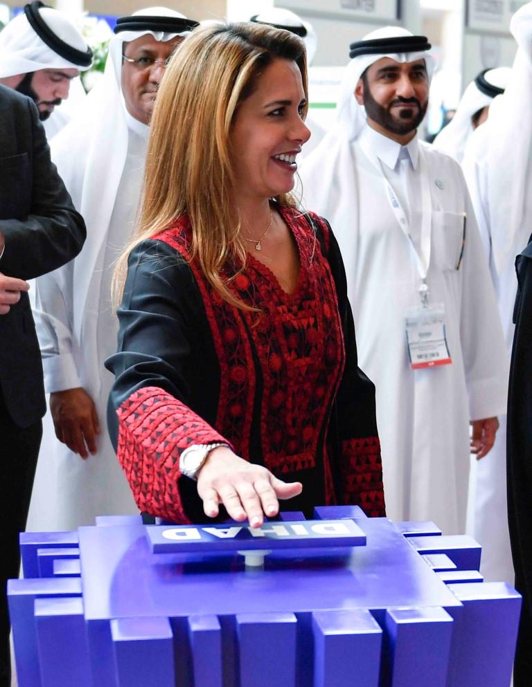 """هيا بنت الحسين تفتتح معرض ومؤتمر دبي الدولي للإغاثة والتطوير """" ديهاد """". 2"""