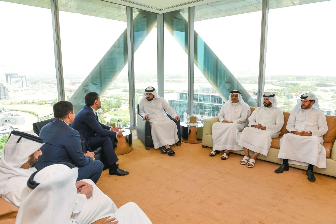 Emirates News Agency - Ahmed bin Mohammed meets President of
