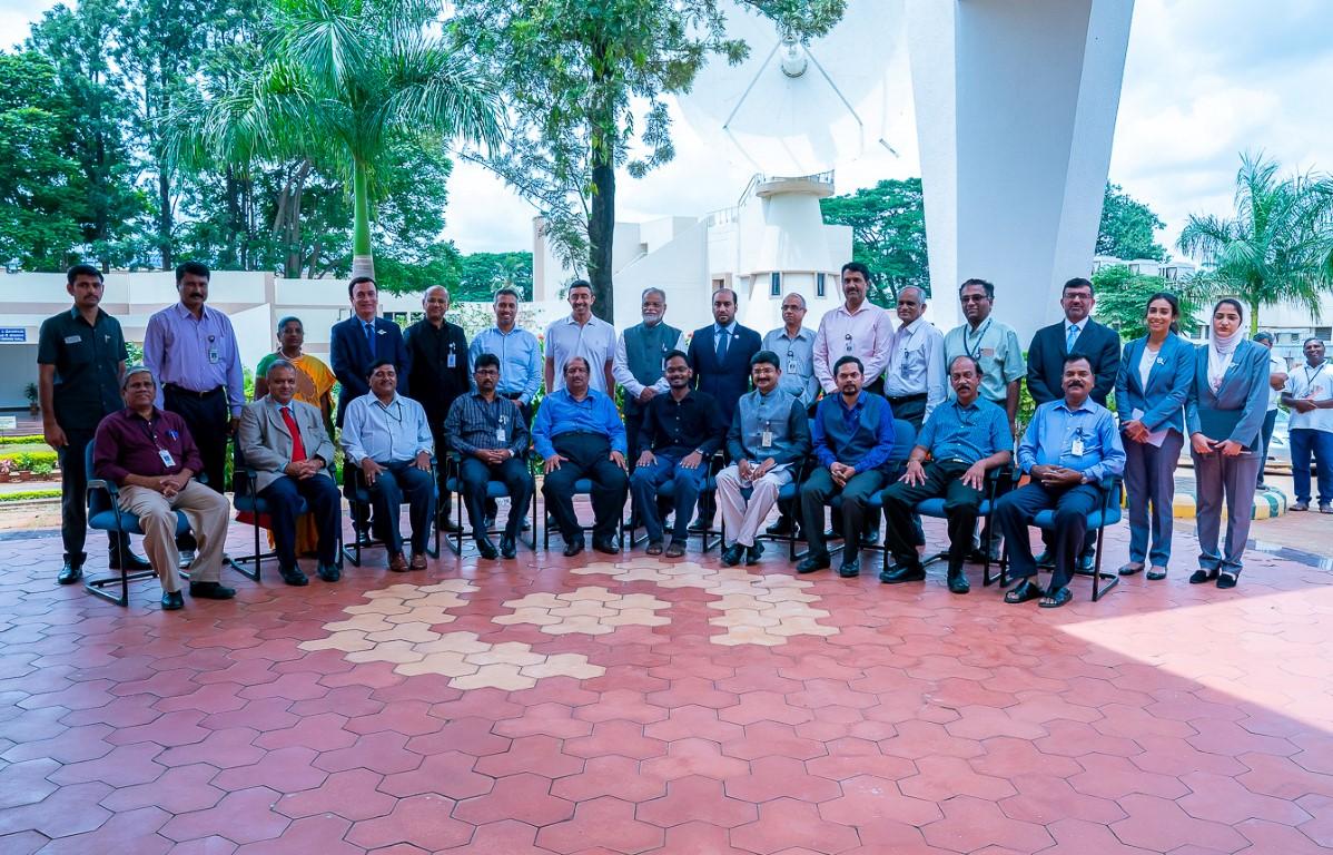 عبدالله بن زايد يزور منظمة أبحاث الفضاء الهندية 2
