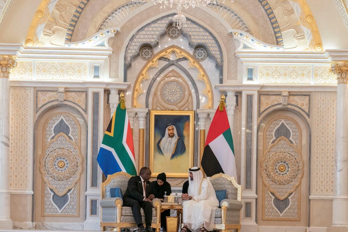 محمد بن زايد يبحث مع رئيس جنوب افريقيا تعزيز علاقات الصداقة والتعاون 4