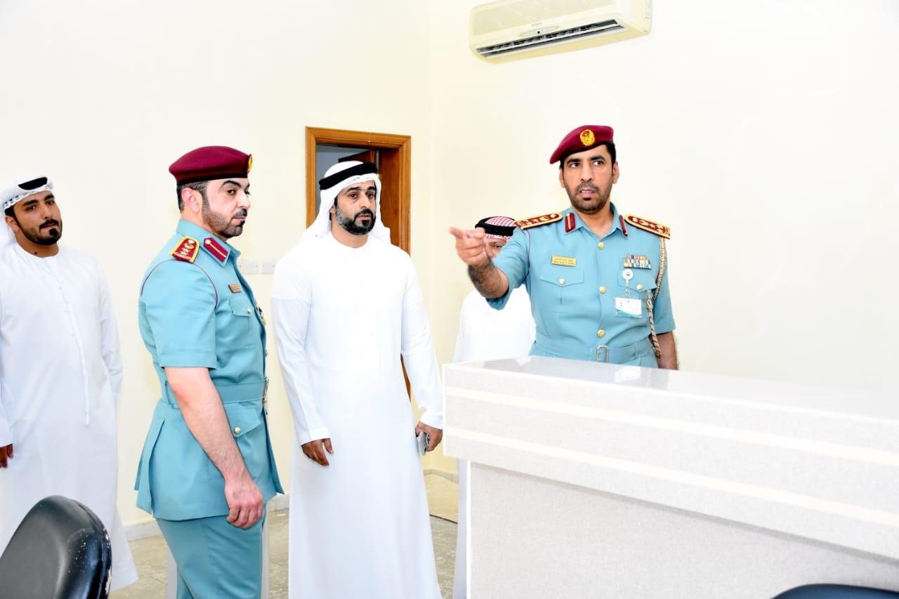 وكالة أنباء الإمارات المدير التنفيذي لإقامة أبوظبي يتفقد مركز استقبال المخالفين في الشهامة