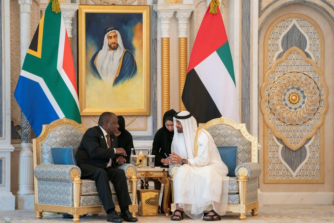 محمد بن زايد يبحث مع رئيس جنوب افريقيا تعزيز علاقات الصداقة والتعاون 2