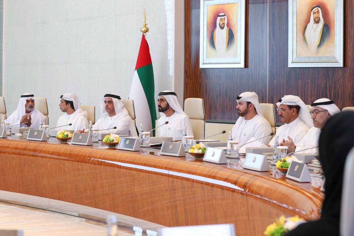محمد بن راشد يوجه بدعم قطاع الصناعات الكبيرة و المتوسطة والصغيرة باعتبارها المحرك الرئيسي للتنمية الاقتصادية 1