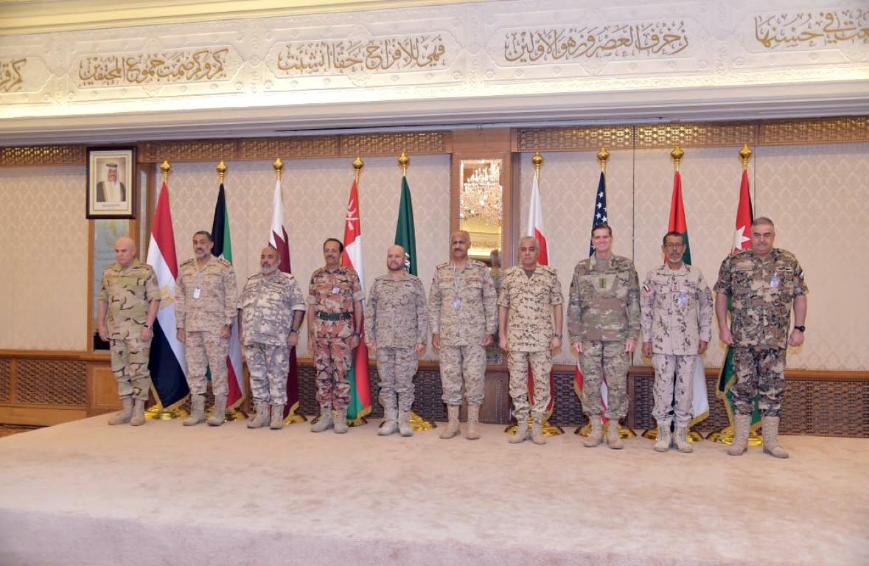 رؤساء الأركان بدول مجلس التعاون و مصر و الأردن و الولايات المتحدة يجتمعون في الكويت.  2 /Medium/