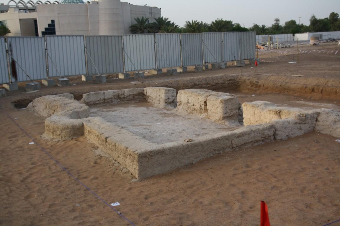 اكتشاف أقدم مسجد في الدولة بمدينة العين يعود تاريخه إلى 1000 عام  2