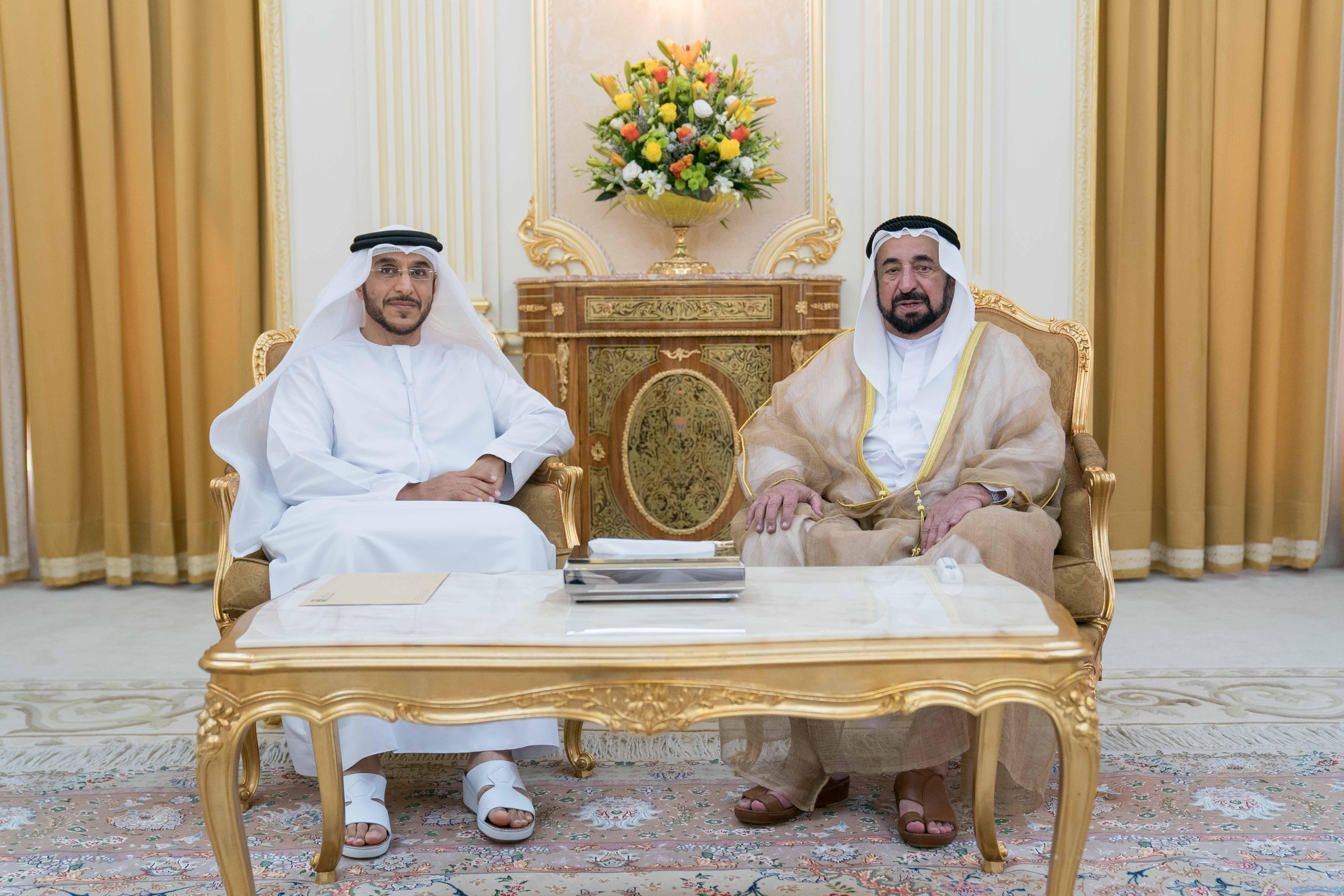 سلطان القاسمي يستقبل مدير عام بلدية مدينة الشارقة 3