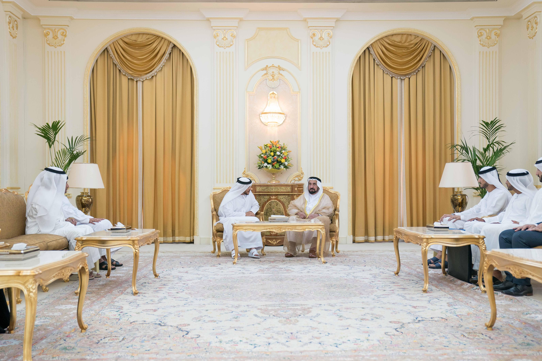 سلطان القاسمي يستقبل مدير عام بلدية مدينة الشارقة 2