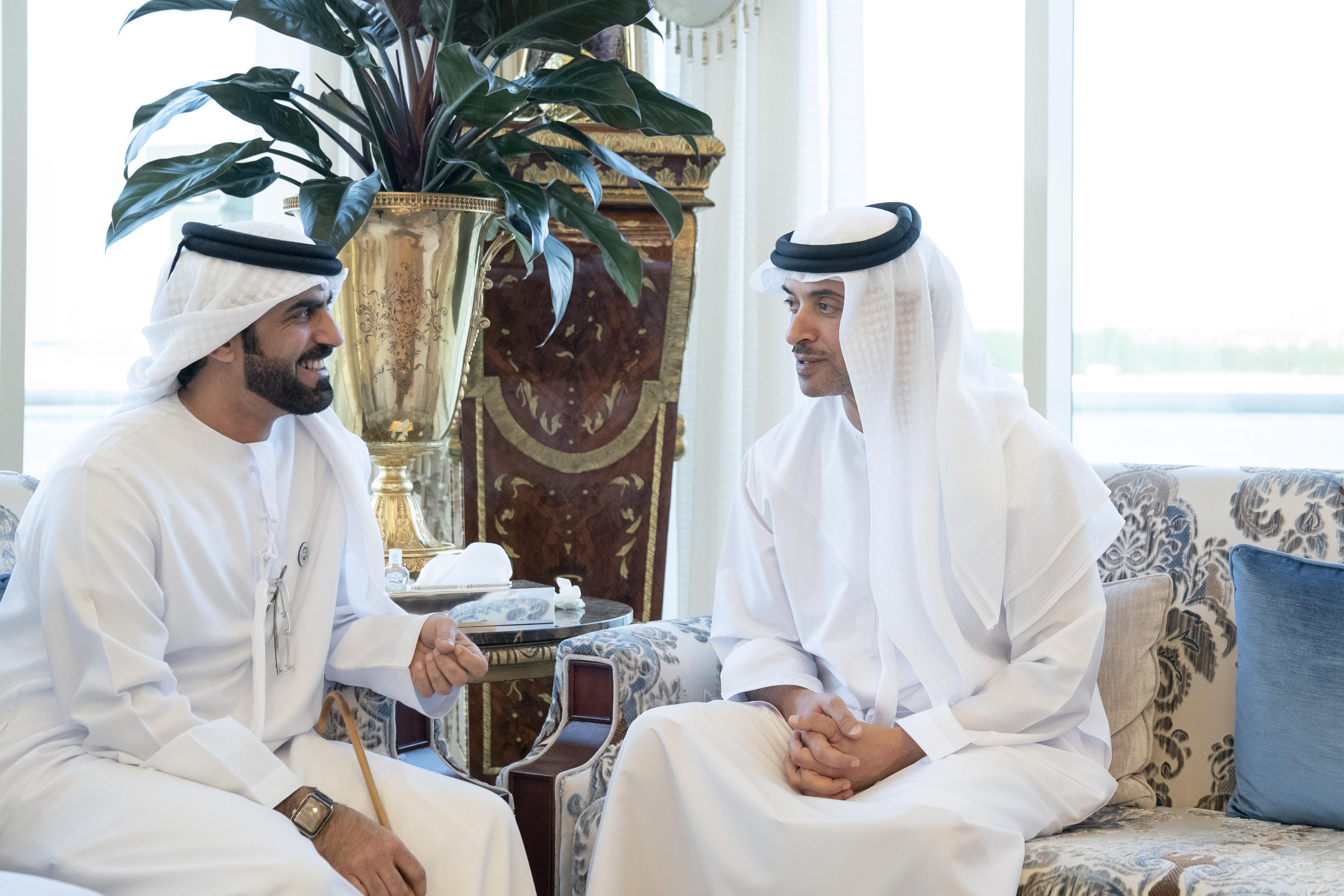 محمد بن زايد يستقبل الأمير أندرو دوق يورك 4