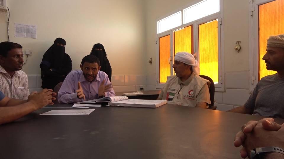 """"""" الهلال """" يسلم مستشفى المخا شحنة مكملات غذائية موجهة لأطفال الساحل الغربي لليمن 3"""