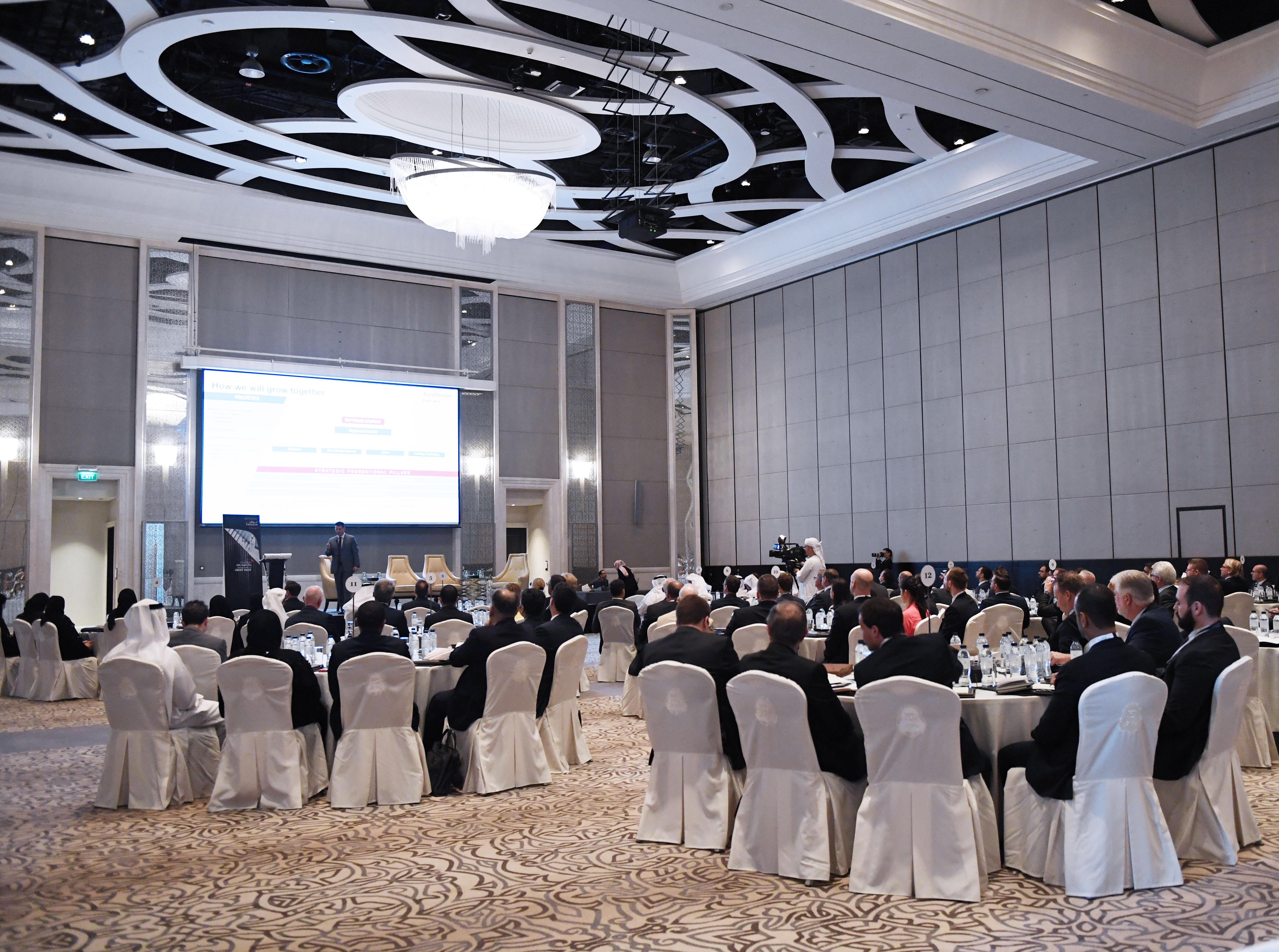 مجلس الشركات الدفاعية يعقد اجتماعه الثامن في أبوظبي. 3