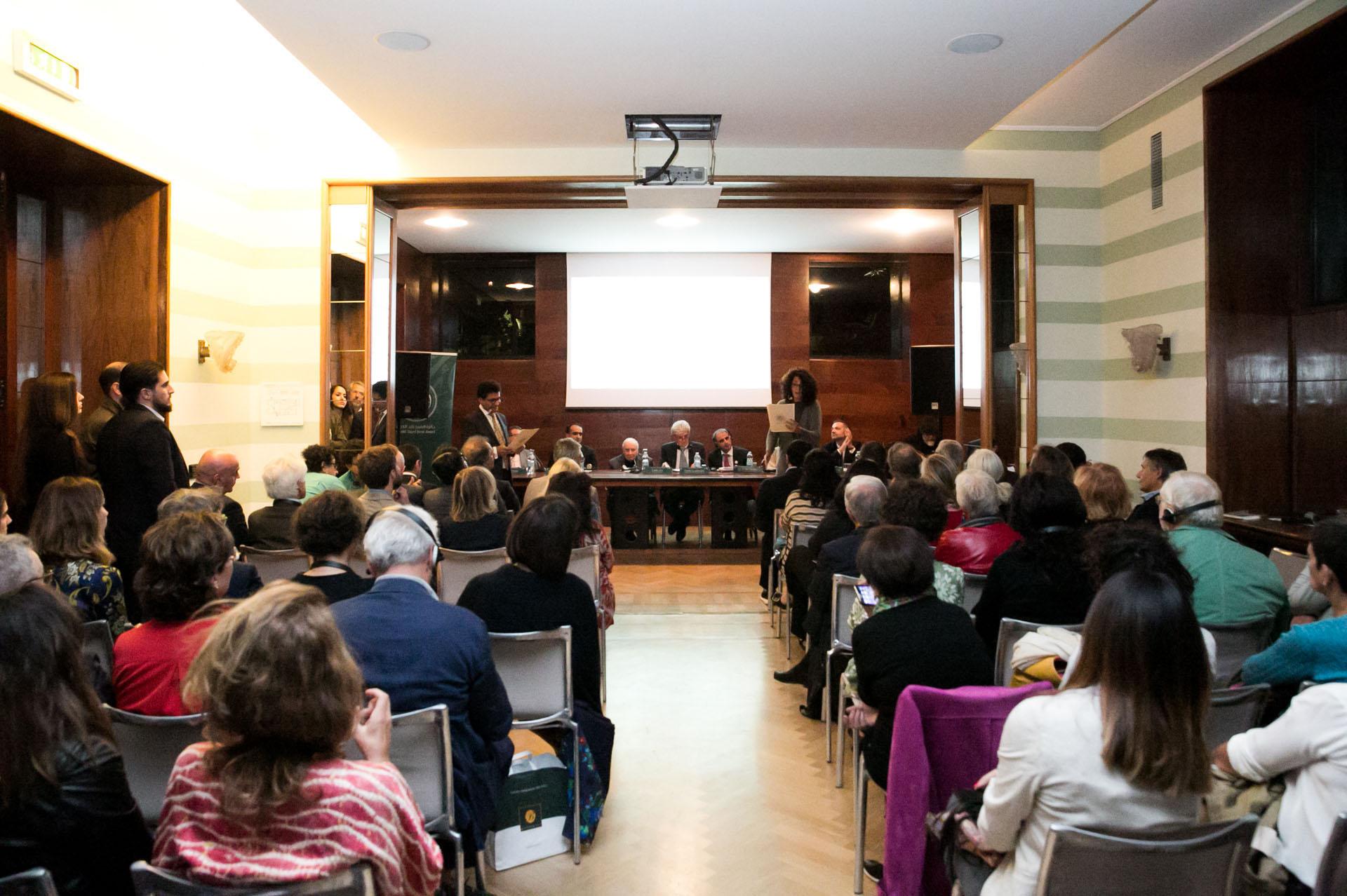 Sheikh Zayed Book Award Holds Cultural Seminar in Milan 1