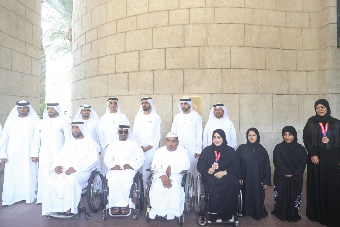 محمد بن راشد يلتقي أعضاء منتخب الإمارات لأصحاب الهمم KHE /Medium/ 1