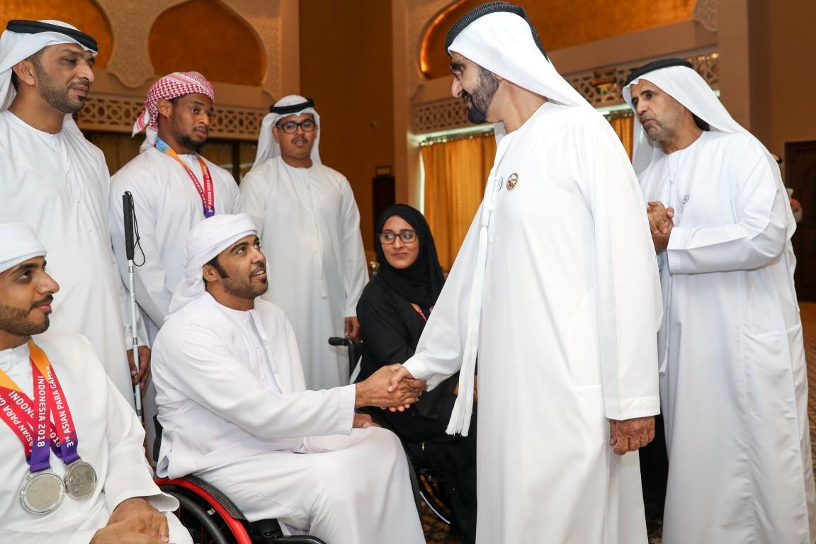 محمد بن راشد يلتقي أعضاء منتخب الإمارات لأصحاب الهمم KHE /Medium/ 6