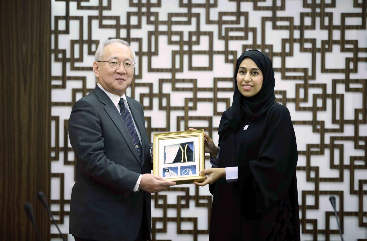 حصة بوحميد تطلع السفير الياباني على تجربة الإمارات في رعاية كبار المواطنين
