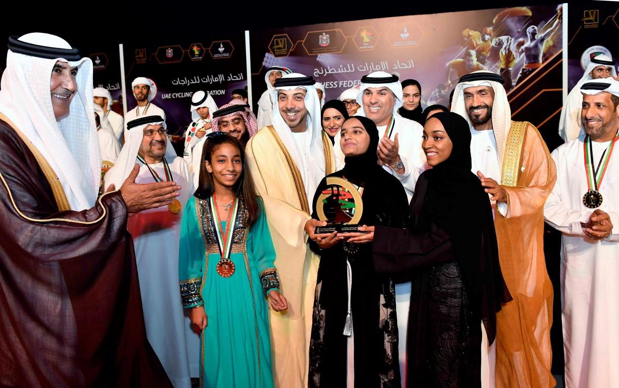 منصور بن زايد يكرم أصحاب الإنجازات الرياضية لعام 2018