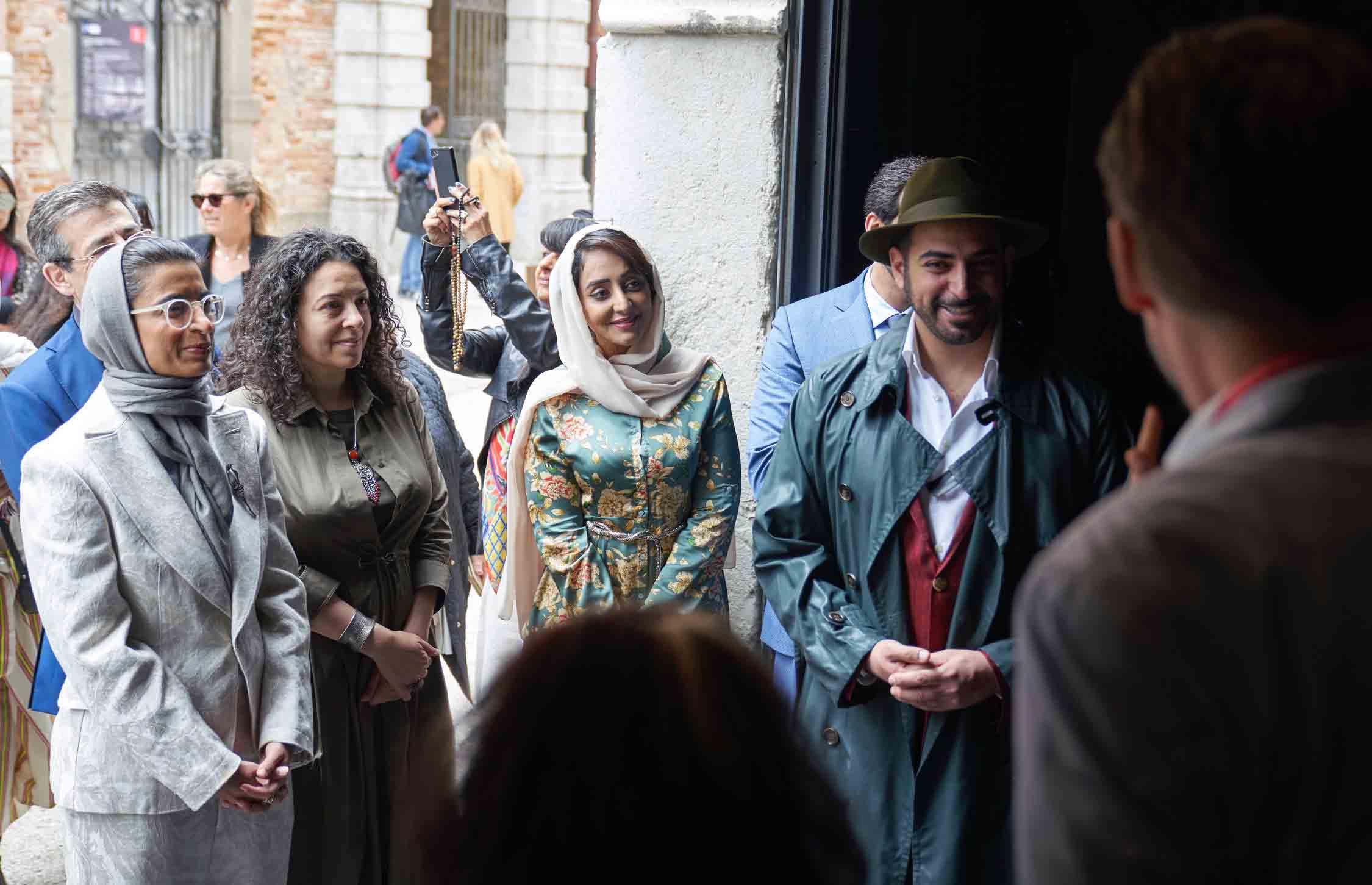 نورة الكعبي تبحث مع وزير الثقافة الإيطالي تعزيز العلاقات