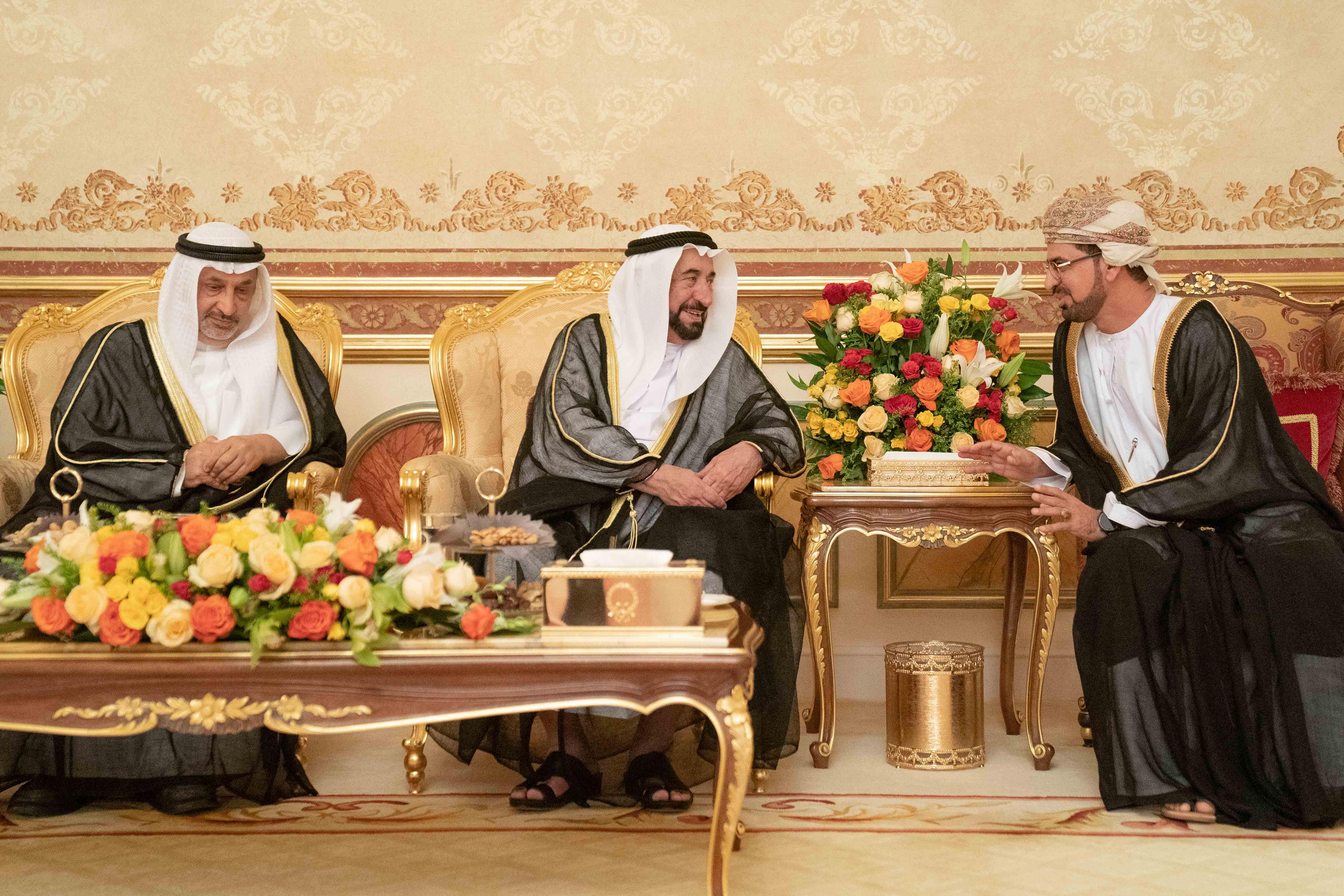 حاكم الشارقة يواصل تقبل التهاني بشهر رمضان الفضيل