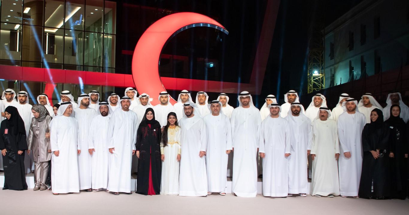 حمدان بن زايد يفتتح مبنى الهلال الأحمر الجديد ويشيد برعاية خليفة للعمل الإنساني في الدولة