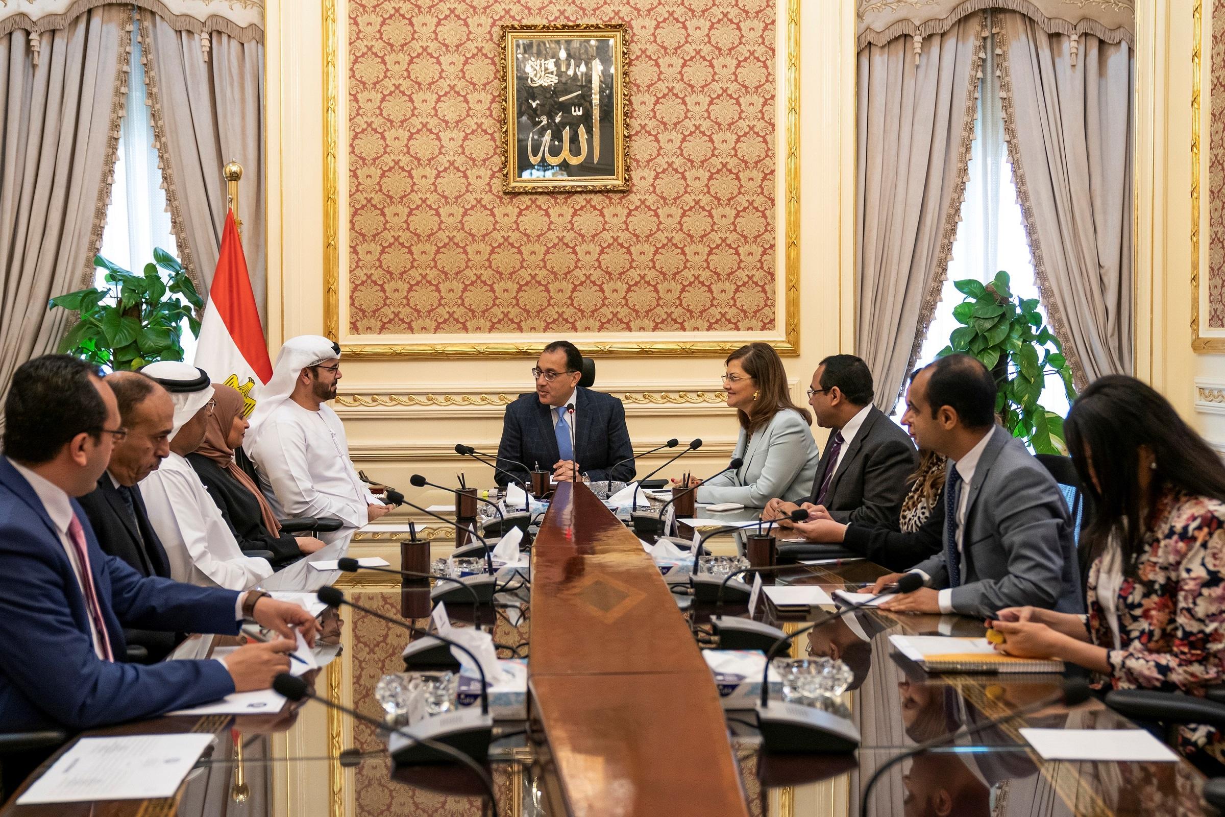 رئيس الوزراء المصري يستقبل وفد حكومة الإمارات .. ويشيد بمخرجات الشراكة الاستراتيجية بين البلدين