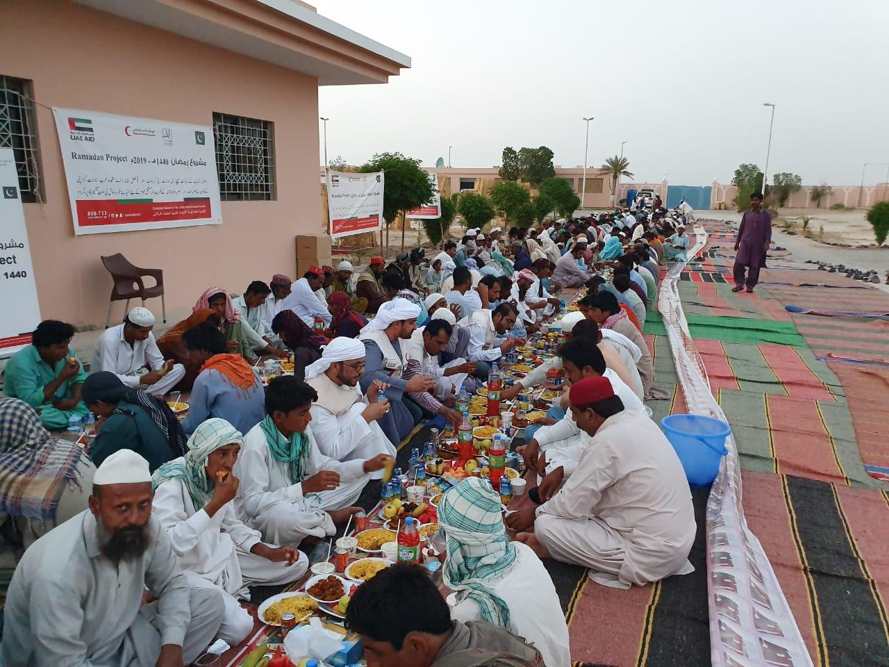 انطلاق حملة حمدان بن زايد السنوية في إقليم السند بباكستان لمساعدة الفقراء